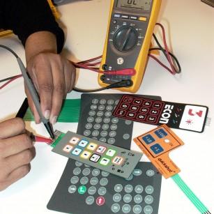2005-05-16 Membrane Keypad with hand 009